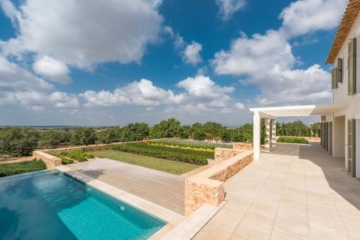 Wonderful terrace and garden