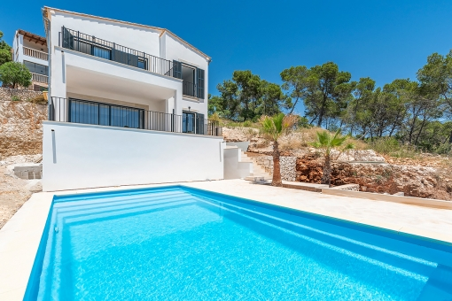 Newly-built villa with private pool close to the beach in Cala Santanyí