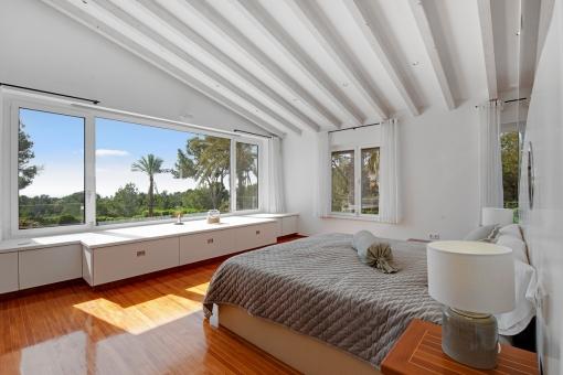 Hauptschlafzimmer mit ausblick