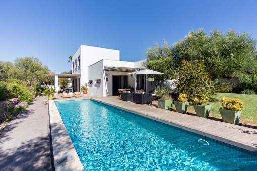 Stunning villa, minimalist style, with sea views and pool in Sa Cabaneta