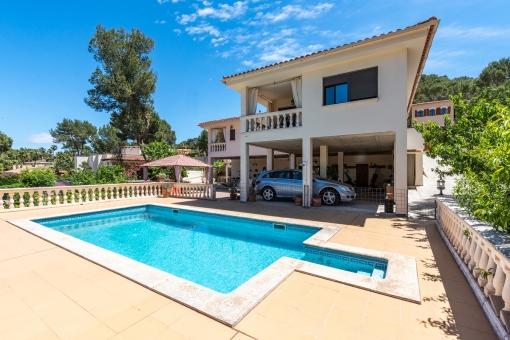 Familienfreundliches Haus mit privatem Garten und Pool in Santa Ponsa