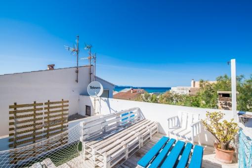 Nostalgie-Beachhouse in fußläufiger Entfernung zum Meer sowie mit Ferienvermietlizenz in Son Serra de Marina