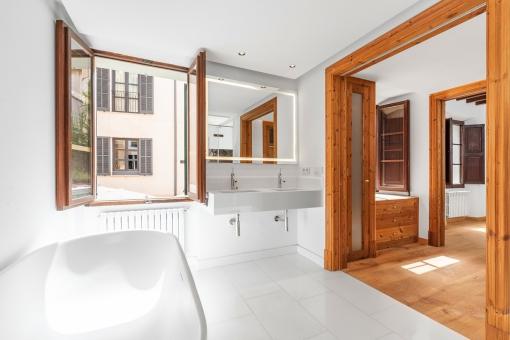Baño lujoso en suite