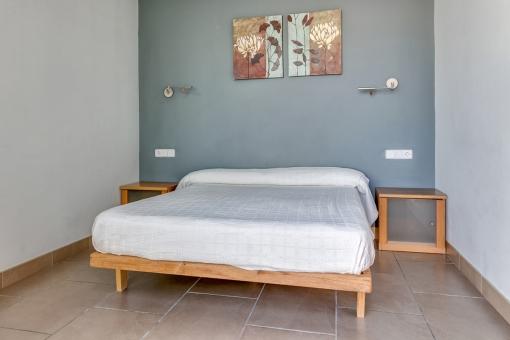 The villa has 3 bedrooms on the ground floor