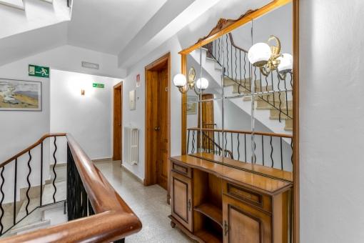 Treppenhaus und Flurbereich