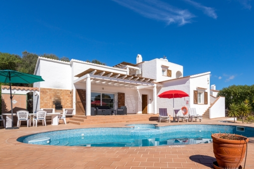 Beautiful villa with pool and 2 separate entrances in a quiet location in Binibeca