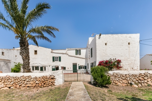 Spectacular finca-property on a large piece of land with a touristic renting licence near Ciutadella