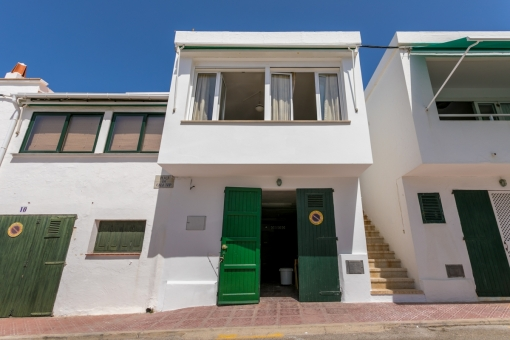 House with garage and sea views in the beautiful, typical fishing village Es Grau