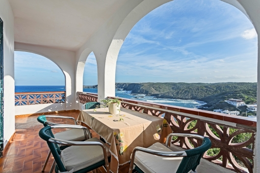 A house in an exceptional location with breathtaking 360° panoramic views in Es Murtar