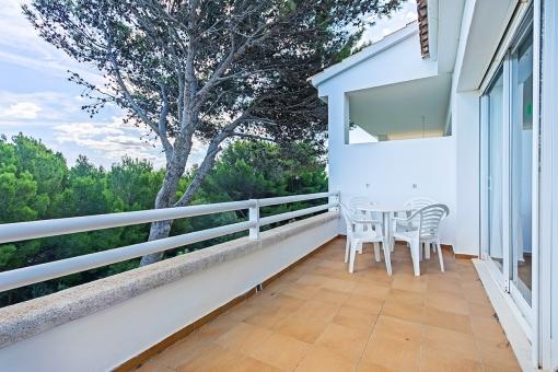 Alternative balcony view