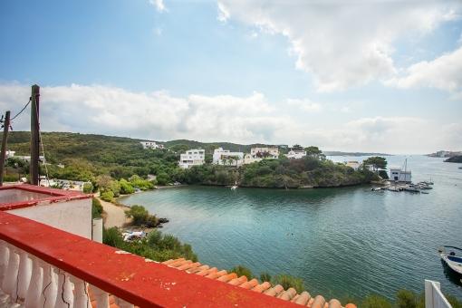Casa con vistas al mar en primera línea del mar en San Antoni