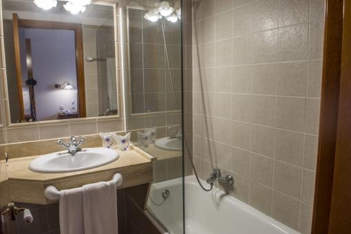 Uno de 11 baños en suite