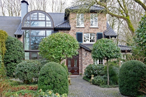 Villa in MG Giesenkirchen-Mitte