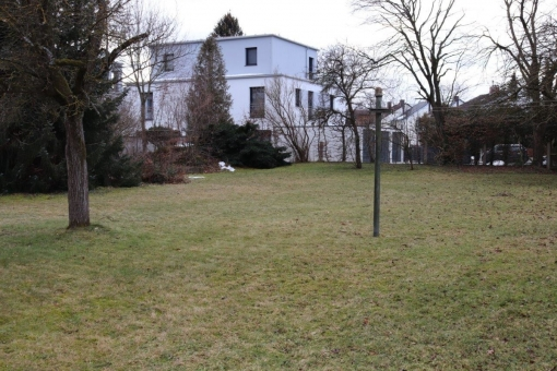 plot in Untermenzing for sale
