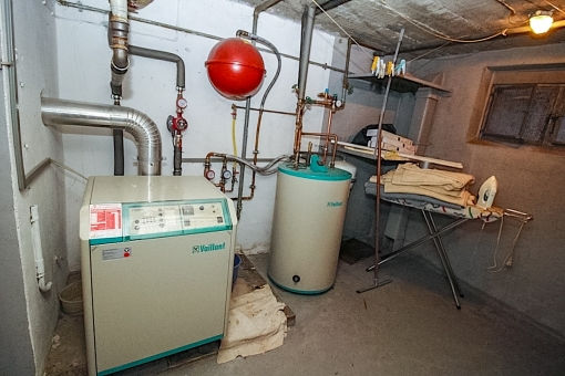 The heating is located in the basement