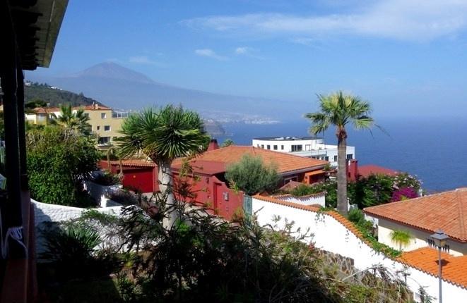 Views of Mount Teide, Puerto de la Cruz and the Atlantic