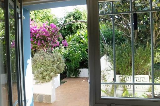 Another garden terrace