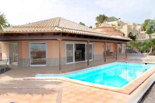 Villa in Adeje