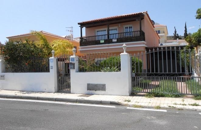 Haus in Arona