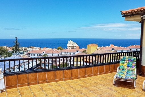 High quality penthouse with pool, large terrace and a beautiful Teide and sea view in La Paz