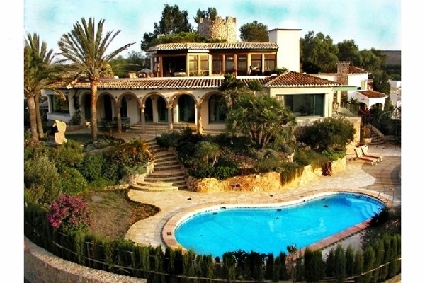 Heavenly villa in Denia with breathtaking views to the sea